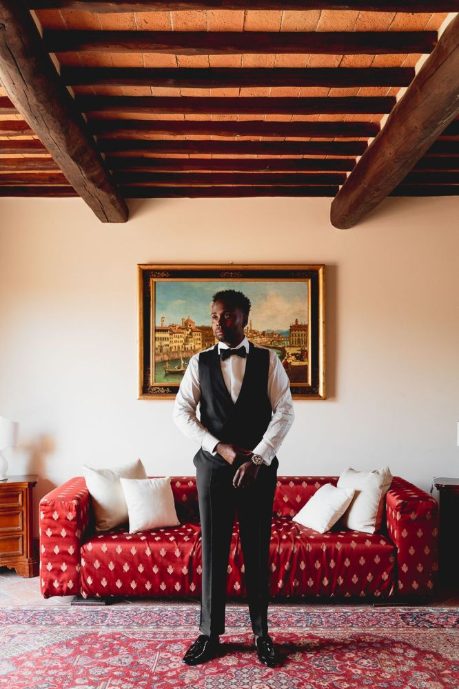 groom portrait | Villa la palagina resort