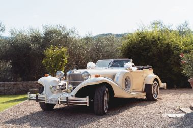Amazing wedding vintage car | Villa la palagina resort