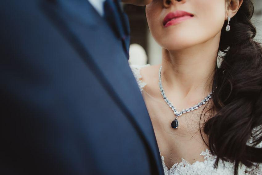 venice wedding photographer / sunrise pre wedding / bride intimate close up