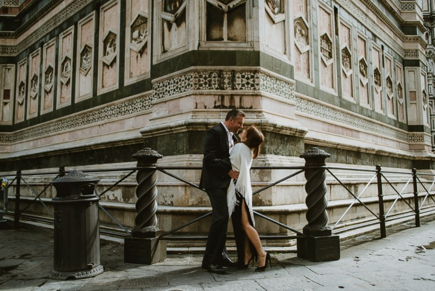 Couple relaxed portrait photography florence tuscany italy