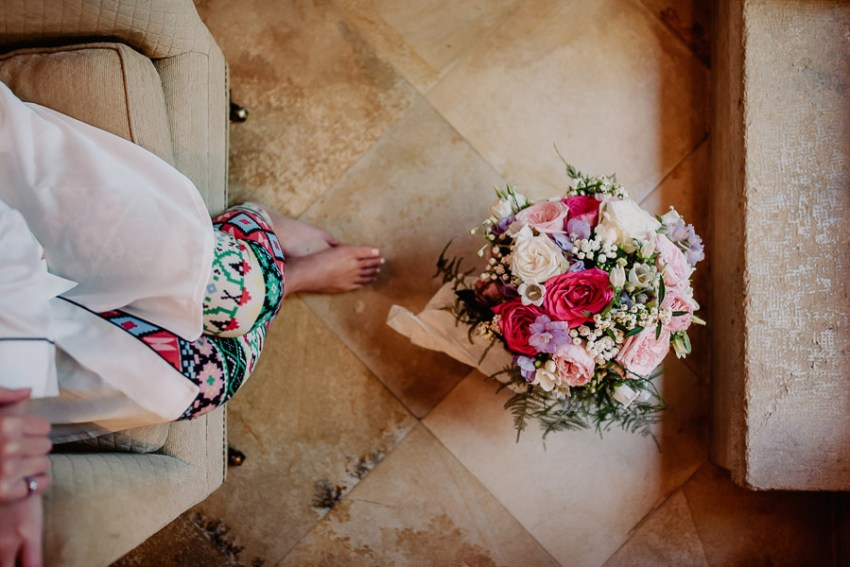 Exclusive wedding photographer tuscany italy bride getting ready