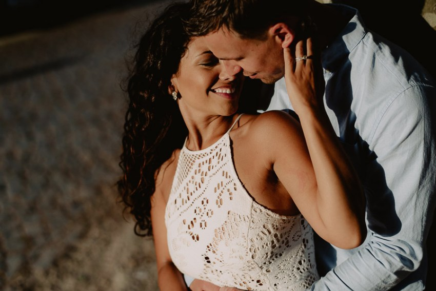 wedding photographer rome romantic couple session lungotevere