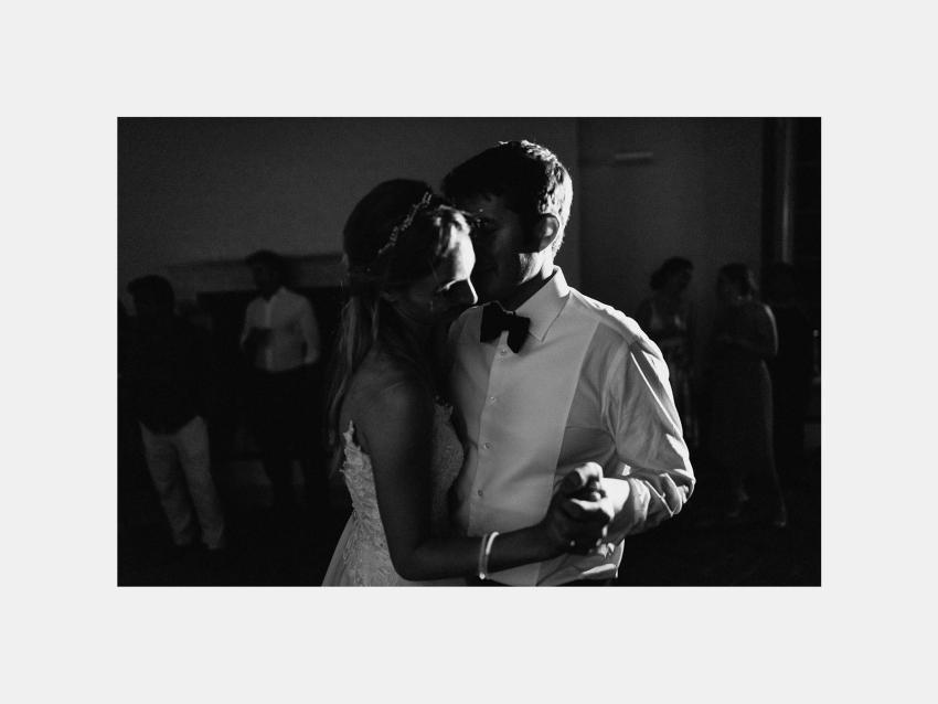 Siena wedding photographer borgo scopeto first dance romantic la