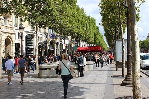 Champs Elyses Paris La Plus Belle Avenue Du Monde