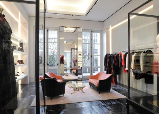 Paris Shopping Alexander McQueen Flagship Store
