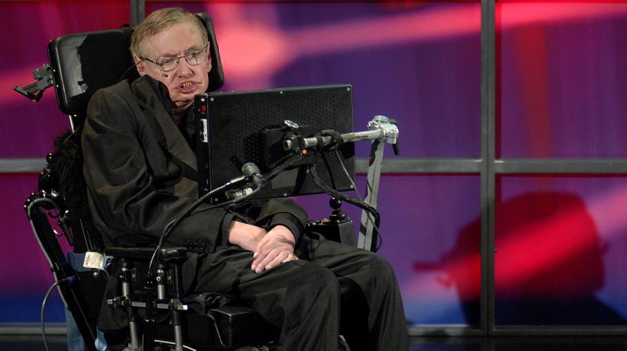 Le physicienStephen Hawking lors d'une conférence de presse à Kitchener (Canada), le 20 juin 2010.