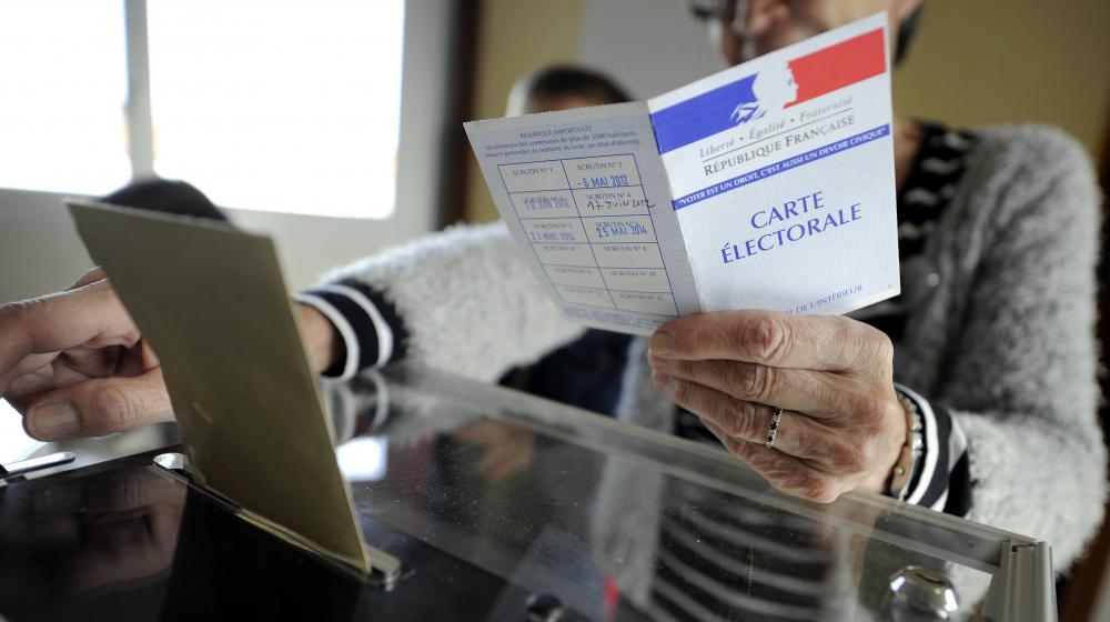 Dans un bureau de vote deSaulxures-lès-Nancy (Meurthe-et-Moselle), le 25 mai 2014.