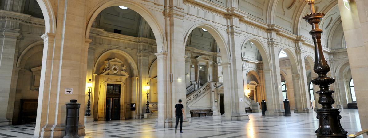 Les couloirs du palais de justice de Paris, photographiés le 27 février 2017.