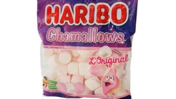 Les Chamallows de la marque Haribo.