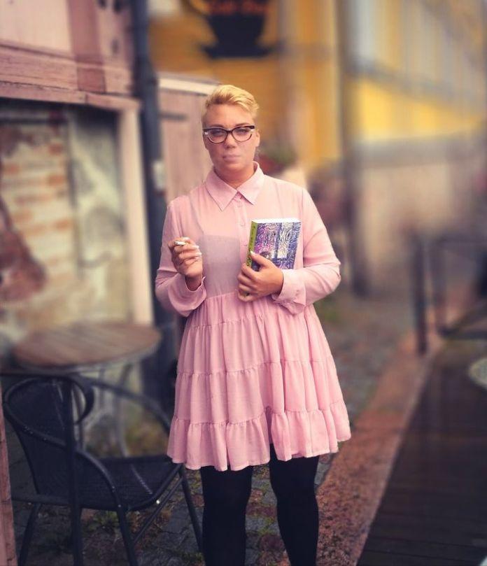 Comic book author Emmi Valve, 2021 (DR)