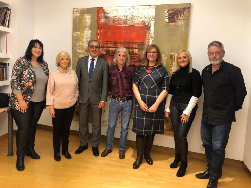 Algunos de los socios fundadores del Club de Amigas y Amigos del Premio Francisca de Pedraza
