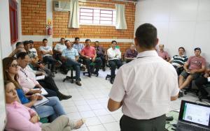 Empresários e produtores participaram da oficina com o Sebrae e Ocepar