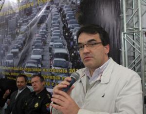 Prefeito neto, na abertura do evento, destacou que mudanças no trânsito também envolvem o comportamento de motoristas