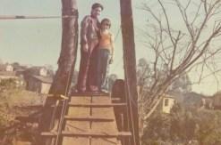 Cantelmo Neto ao lado de sua mãe, dona Mildred (in memorian), no dia da inauguração da pinguela entre a Cango e o Kennedy, em 1975.