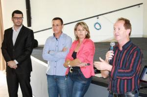 O procurador jurídico Fábio Albuquerque, José Ferreira e Silmara Brambila, da Lahsa, e o secretário de Administração Saudsi Mensor durante a audiência pública