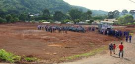A nova escola será construída em um terreno de 12 mil m2 onde funcionava a Associação de Moradores do Bairro Miniguaçu