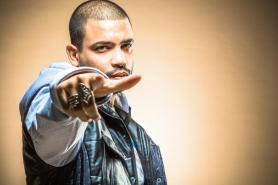O rapper Projota se apresenta no sábado, às 22h