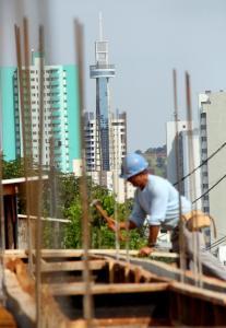 onsiderando a liberação de novas construções do primeiro semestre, ano ainda tende a ser positivo para a construção civil