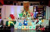 Espetáculo 'O velho fabricante de brinquedos', do grupo Sou Arte, misturou dança e arte circense e teve quatro apresentações nos bairros de Beltrão