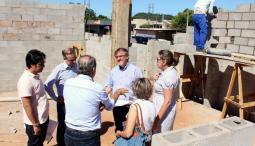 Prefeito em exercício, Eduardo Scirea, visitou as obras de construção da nova sede da associação Sensibilizar, no bairro São Miguel