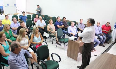 Encontro na CDL reuniu imprensa, empresários e secretários para apresentar o novo modelo de limpeza pública