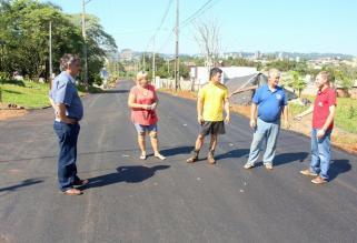 Vice-prefeito e secretário de Urbanismo, eduardo Scirea, visitou ruas contempladas