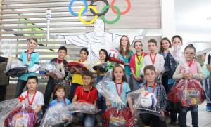 Estudantes com melhores trabalhos foram premiados nesta sexta, no paço municipal