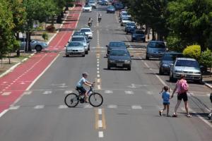 Um dos debates da oficina será sobre uso e ocupação das vias por pedestres, ciclistas e automóveis