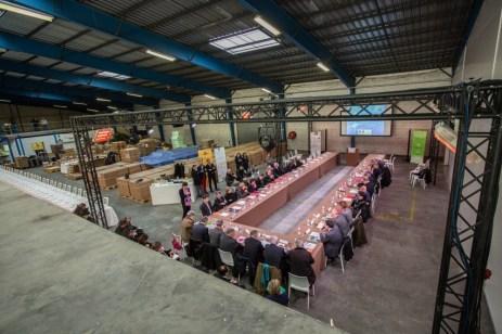 Séance de travail dans un cadre inhabituel à l'écoparc de Bordeaux. ©Sénat, C. Lerouge