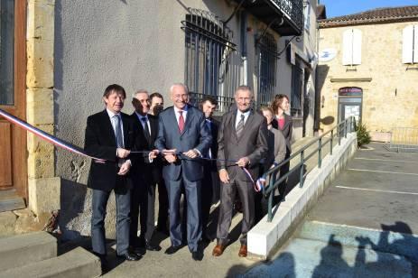 Franck Montaugé au côté du préfet Pierre Ory et du maire d'Aignan. photo DR
