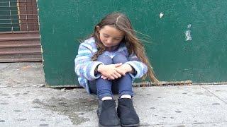 Aideriez-vous une fillette perdue?