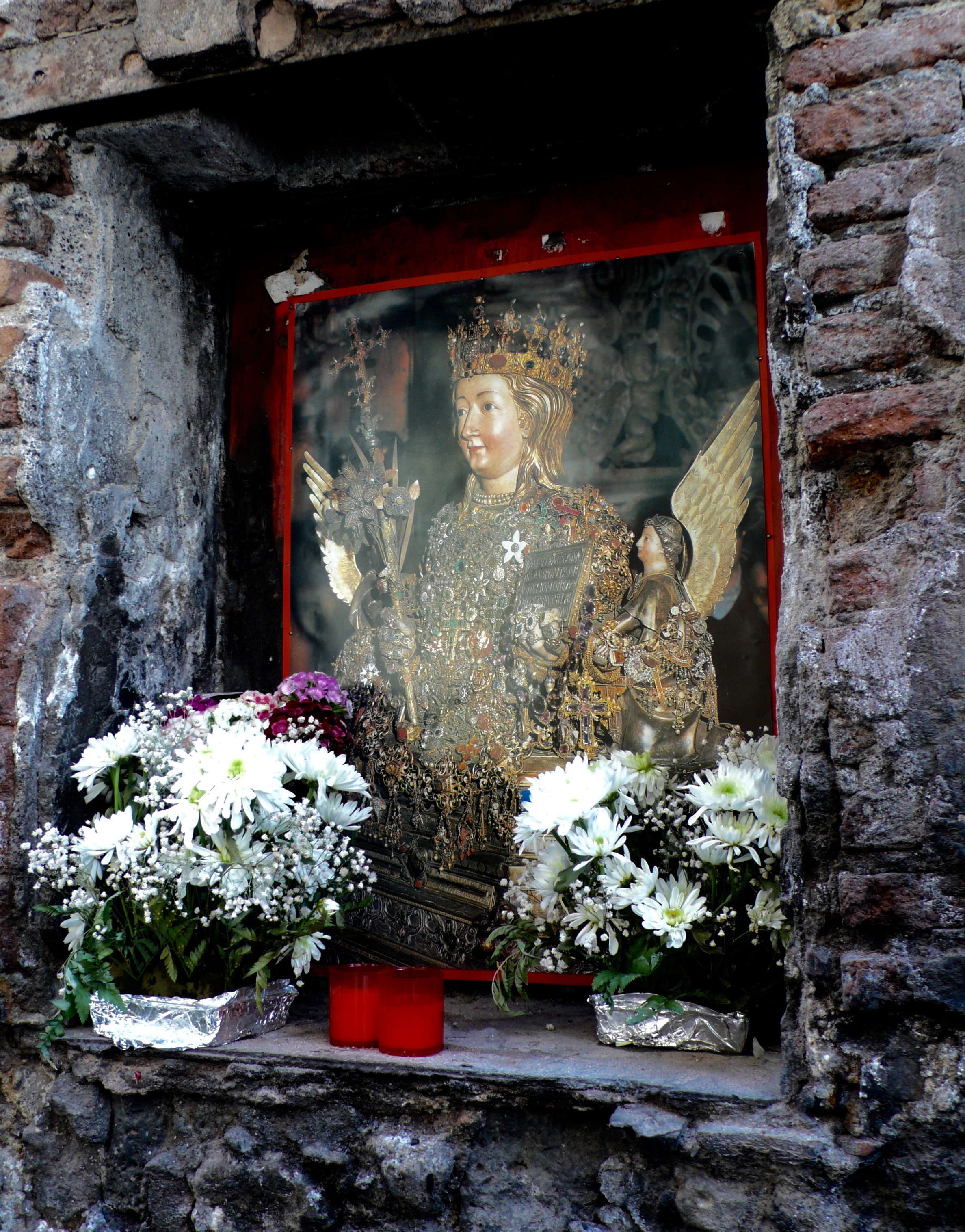 Altars and Shrines for Palermo's patron saint, Santa Agata are at every corner.