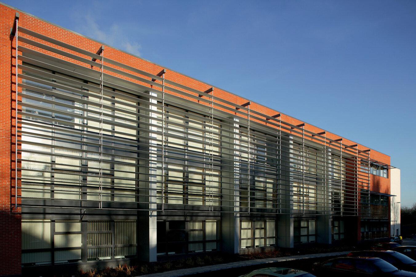 Frangisole-orientabile-pale-elissoidali-alluminio-risparmio-energetico-protezione-solare-Stameat-srl-Padova