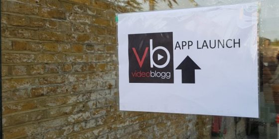 Videoblogg App launch sign