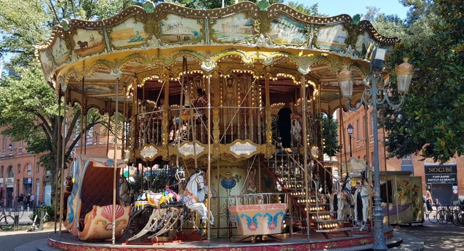 The carousel at Jardin Pierre Goudouli in Toulouse