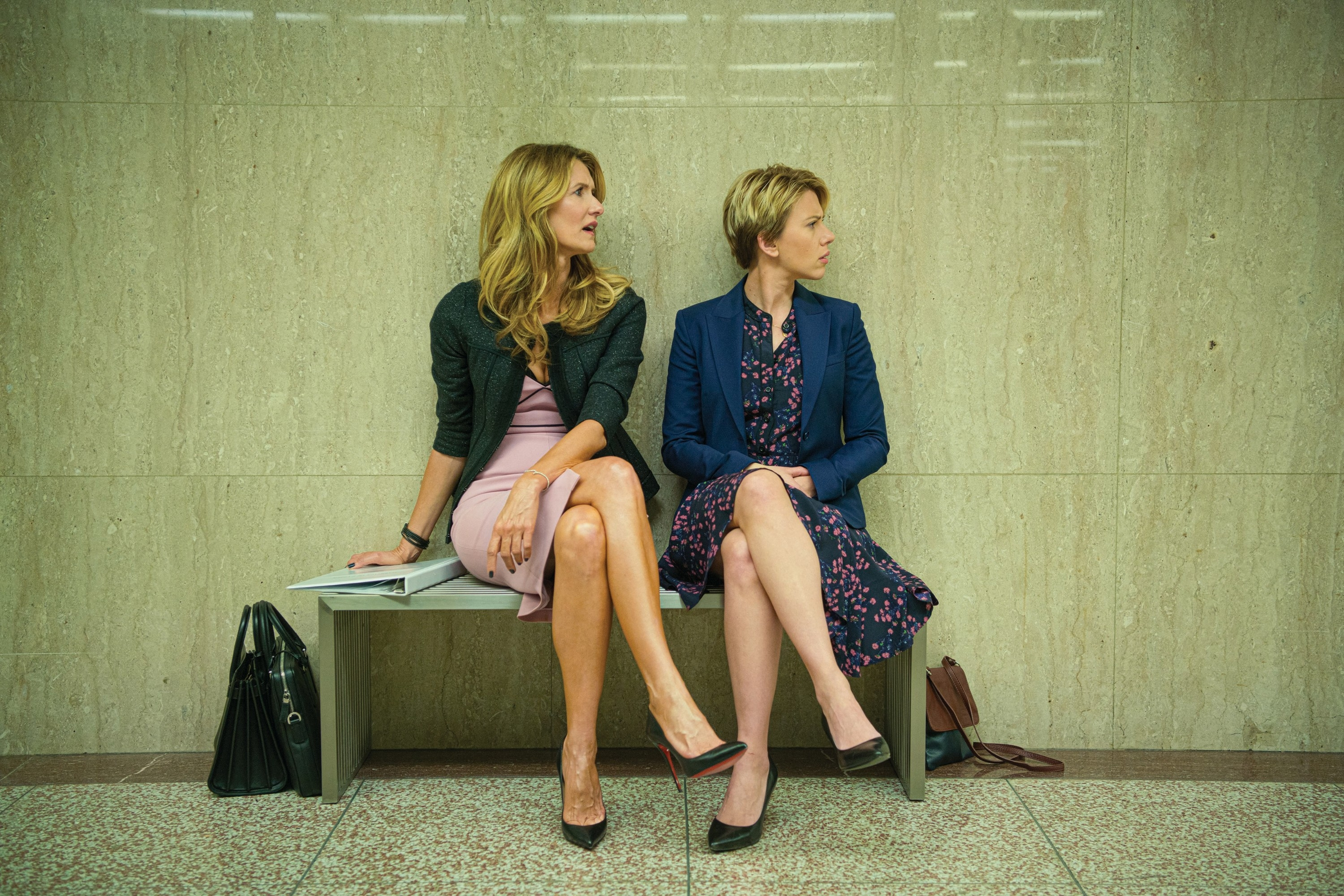 Laura Dern and Scarlet Johansson in Marriage Story