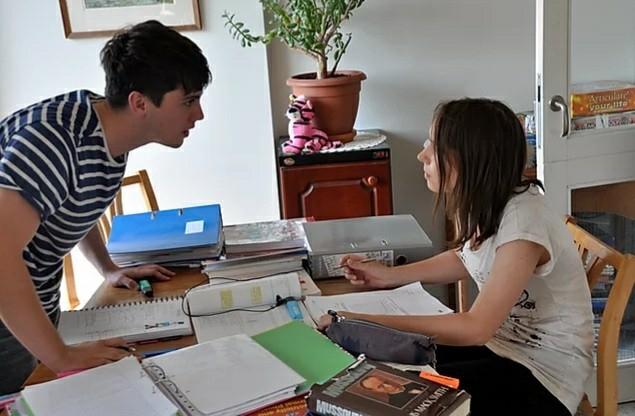 Ben and Maisy studying together in Soundtrack to Sixteen