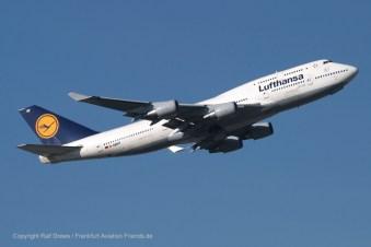 "D-ABVF Lufthansa Boeing 747-430 (sn 24761 / ln 796) ""Frankfurt am Main"""