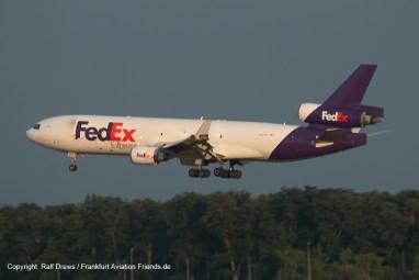Landende Maschinen auf 07R ...