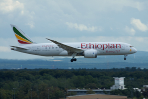 "ET-AOS Ethiopian Airlines Boeing 787-8 Dreamliner (sn 34747 / ln 75) ""Lucy"""