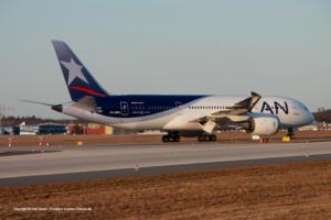 CC-BBE LAN Airlines Boeing 787-8 Dreamliner (sn 38473 / ln 113)