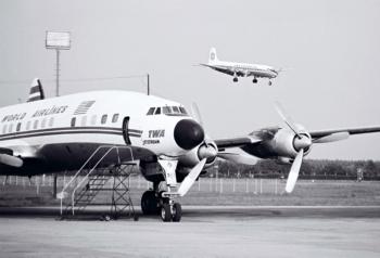 TW L-1649A N7322C FRA ca 1961