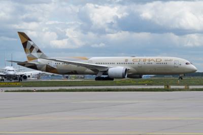 A6-BLE Etihad Airways Boeing 787-9 (ln 305)