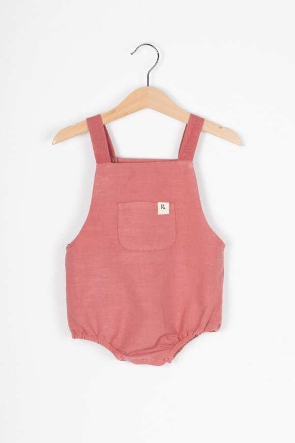 Produktfoto: Einteiler mit mitwachsenden Trägern für Babys, Vorderseite