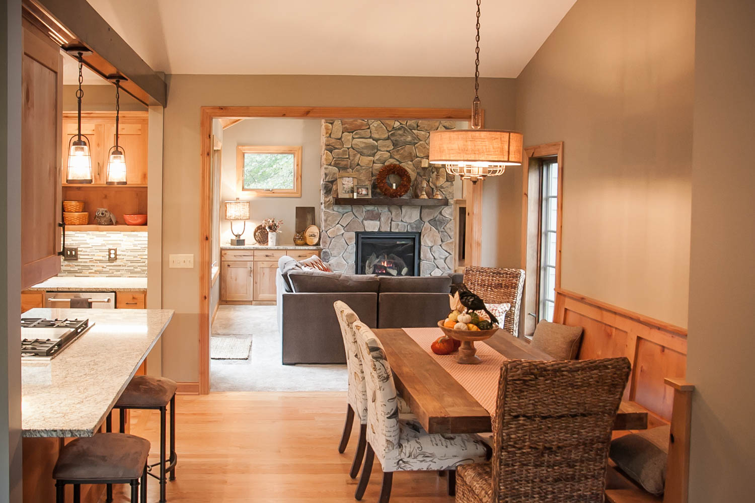 Kitchen Family Room Pictures