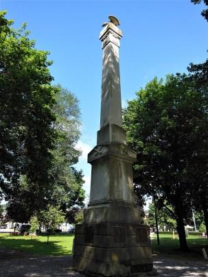 Monument prior to restoration