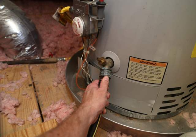 how to drain hot water heater electric