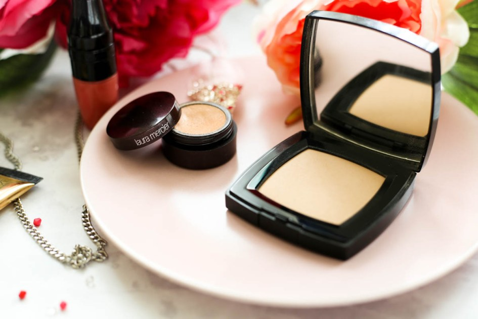 Makeup Bag for Essentials for Day to Night Beauty | feat Laura Mercier Secret Concealer & Chanel Universelle Libre Powder Compact