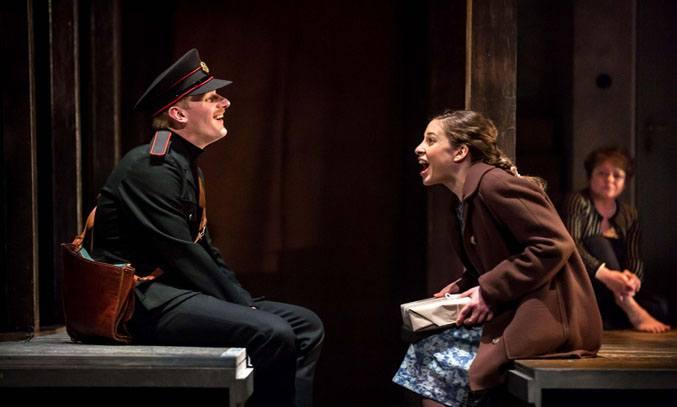 Matthew Brown & Leila Schaus in KINDERTRANSPORT.