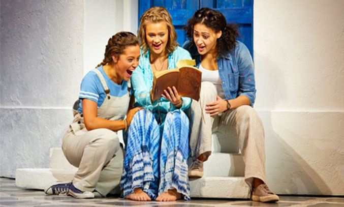 The cast of MAMMA MIA UK Tour